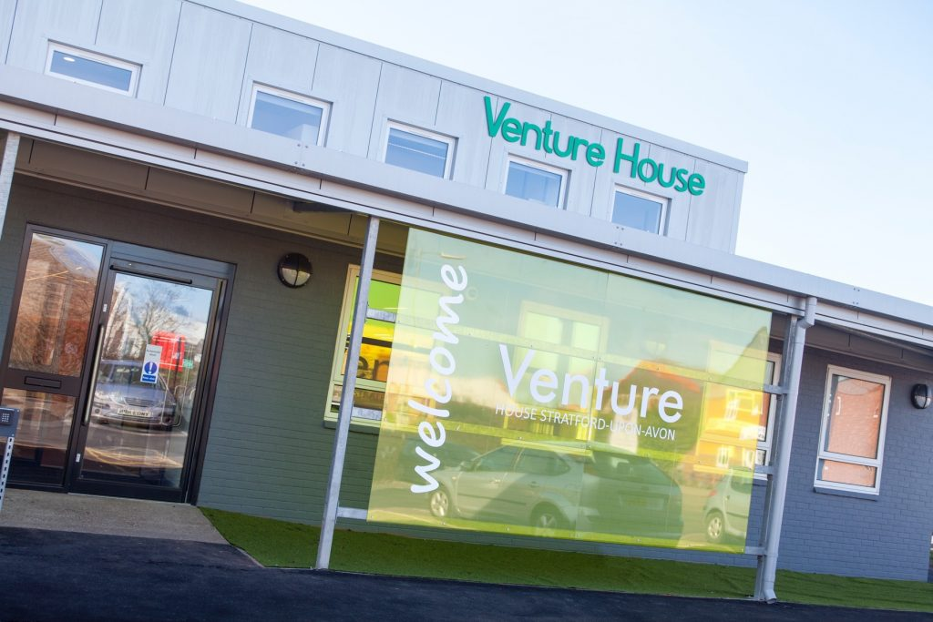 Venture House1745
